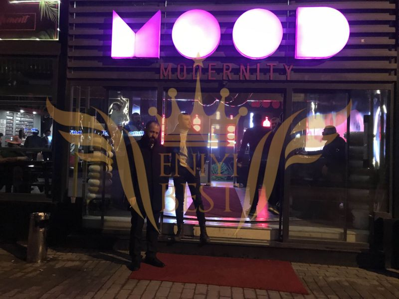 Dış Mekan, Mood Club